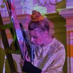 """30.04.2019, Sächsischer Verlagspreis 2019, Preisträger Peter Hinke, Connewitzer Verlagsbuchhandlung, Performance """"entflechter"""", © by Matthias Rietschel; www.rietschel-foto.de, info@rietschel-foto.de, 0172-3511011;"""